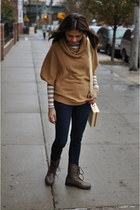 camel Forever 21 sweater - navy papaya jeans - cream Urban Outfitters bag