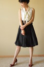 Ivory-white-house-black-market-t-shirt-black-zara-skirt
