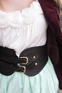 Red-2nd-hand-blazer-beige-f21-blouse-brown-f21-belt-green-selfmade-skirt-
