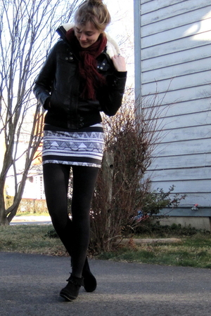 brown f21 jacket - black aa skirt - black Minnetonka boots