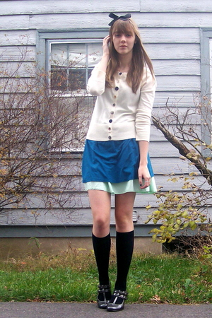 beige cardigan - green skirt - blue dress - silver shoes