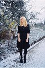 Black-vintage-dress-off-white-collar-accessories-black-topshop-shoes-gold-