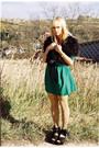 Dark-green-vintage-dress-black-zara-vest-camel-koloria-tights-bubble-gum-u