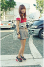 Black-archive-shorts-red-colorblock-mango-top-black-2-toned-payless-wedges
