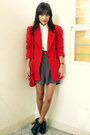 Black-from-bazaar-shoes-red-thrifted-vintage-blazer-white-vintage-shirt-re