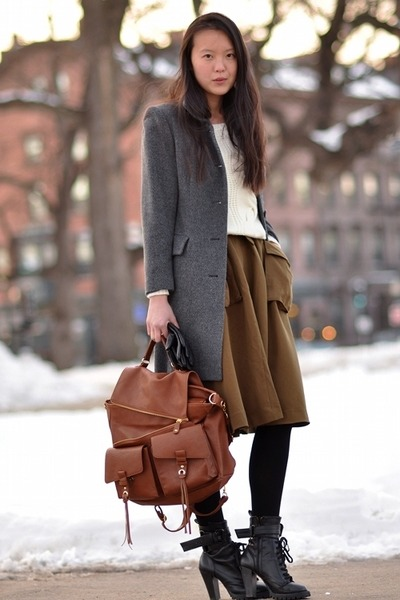 coat coat - Shoes shoes - Sweater sweater - Bag bag - leather gloves gloves