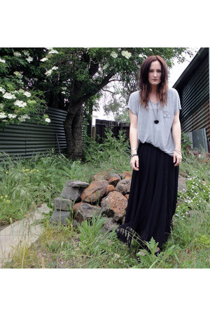 black Ebay skirt - heather gray Kmart t-shirt