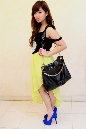 black sling tote bag - lime green skirt
