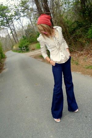 navy wide leg Gap jeans - coral beanie Icing hat - dark khaki fitted Bebe blazer