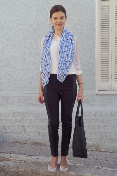 white pull&bear shirt - sky blue pink woman scarf - black H&M bag