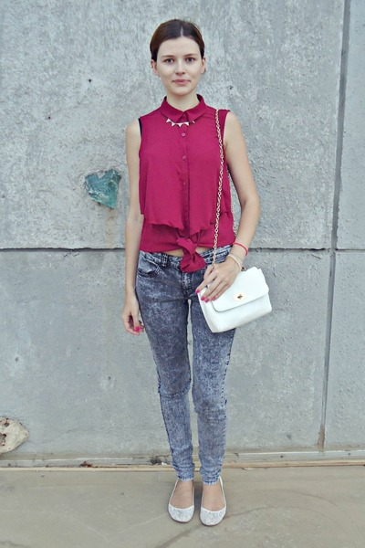 maroon H&M shirt - heather gray H&M jeans - white Tally Weijl bag