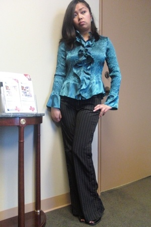 Express blouse - Pinstripe with snaps Wet Seal pants