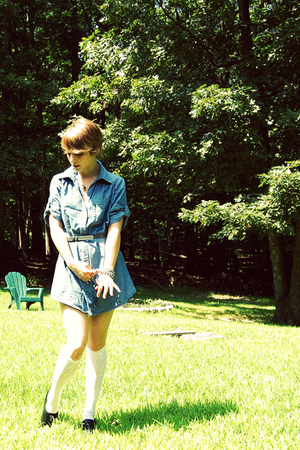 Forever21 shirt - H&M socks - vintage belt