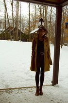 tawny H&M shoes - maroon modcloth dress - camel H&M coat - heather gray H&M hat 