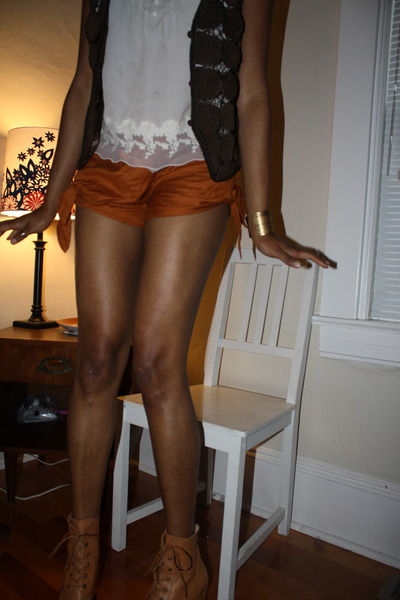 tan Jeffrey Campbell boots - burnt orange Kimchi Blue shorts - white thrifted to