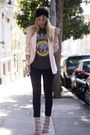 Pink-vintage-blazer-gray-vintage-shirt-beige-surface-to-air-shoes-black-di