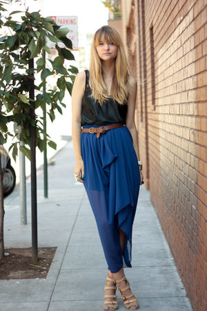 blue American Apparel skirt - black American Apparel intimate - beige surface to