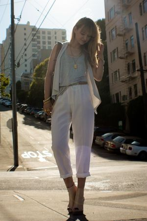 White-vintage-pants-beige-jeffrey-campbell-via-needsupply-shoes-purple-zara-