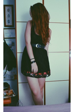 lace Bershka dress