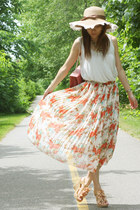 salmon bag - white floral skirt skirt - beige lace top Urban Outfitters top