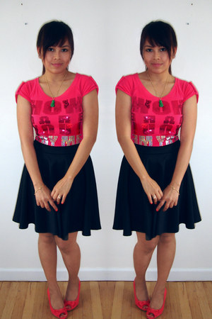 hot pink sequins Jag top - black circle Lash Clothing skirt