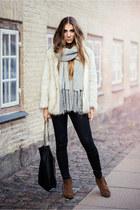 faux fur Choies jacket - suede Selected Femme boots