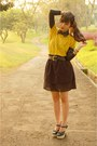 Black-chicwish-accessories-mustard-leather-sleeves-dorkas-boutique-top