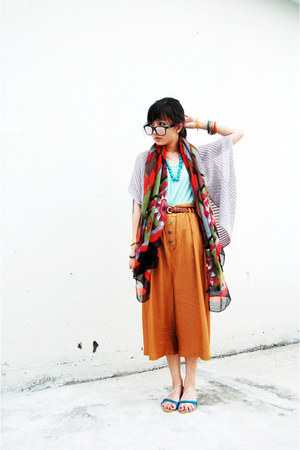red Gaudi scarf - aquamarine Gaudi top - tawny pull&amp;bear pants - dark brown belt