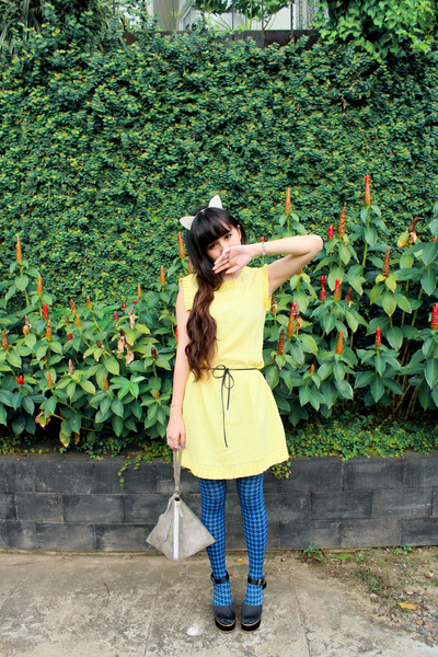 light yellow House of Classyc dress - navy houndstooth asos tights