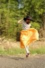 Black-floppy-hat-forever-21-accessories-beige-crochet-top-aquamarine-belt