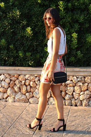 Stradivarius skirt - Primark bag - asos sunglasses - Zara sandals