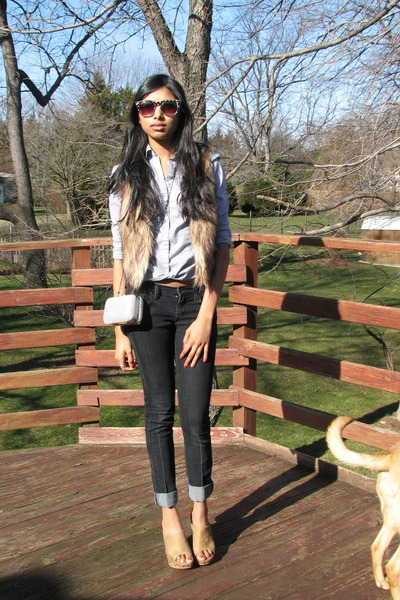simply vera wang clogs - jeans - shirt - bag - faux fur vest