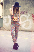 Zara jumper - H&M hat - vintage bag - litas Jeffrey Campbell heels
