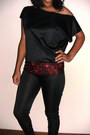 Black-made-myself-leggings-made-myself-top