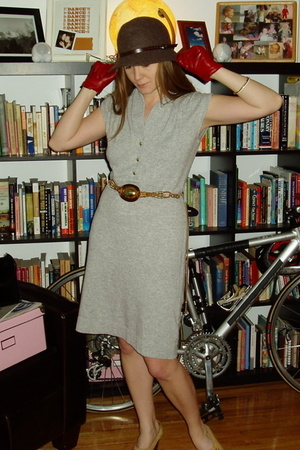 banana republic dress - vintage belt - Trial shoes - Fownes gloves