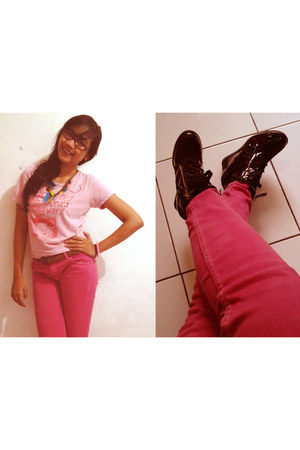 black Gosh shoes - hot pink American Jeans jeans - bubble gum super-t t-shirt