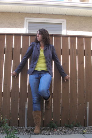 yellow joe fresh style t-shirt - blue nobody jeans - gray Esprit blazer - brown