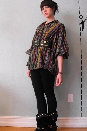 vintage mexicana oversize top - vintage black belt from waterlooplein market - v