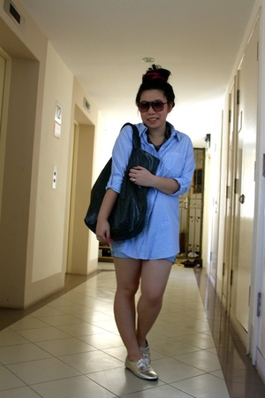 blue cotton on shirt - blue Zara shorts - black purse - silver shoes