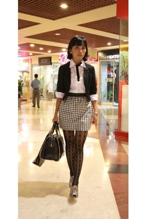 H&amp;M blazer - Zara purse - PedderRed shoes - deliascom stockings