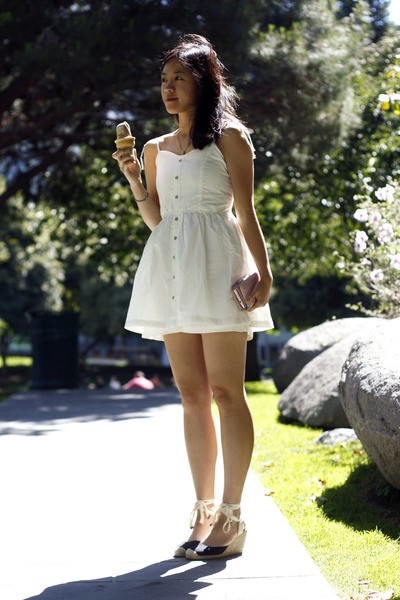 white The White Pepper dress - beige wedges - cream ice cream accessories