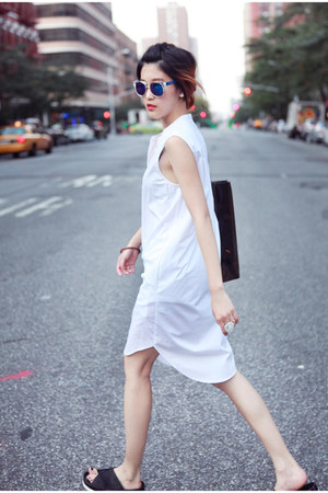 white DKNY shirt - black sam edelman sandals