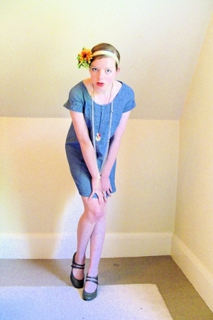 Urban Outfitters dress - payless shoes - thrifted necklace - Secondhand accessor