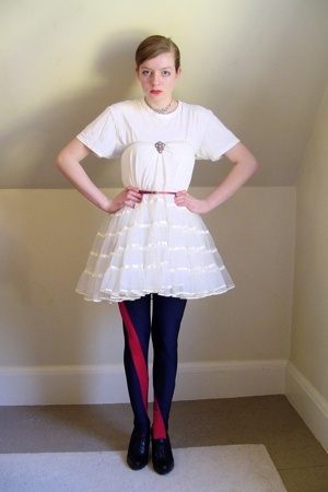 red skinny H&M belt - black Nine West shoes - white crinoline vintage dress