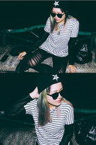 black baphomet beanie ivory jar hat - black leggings - white cotton on shirt
