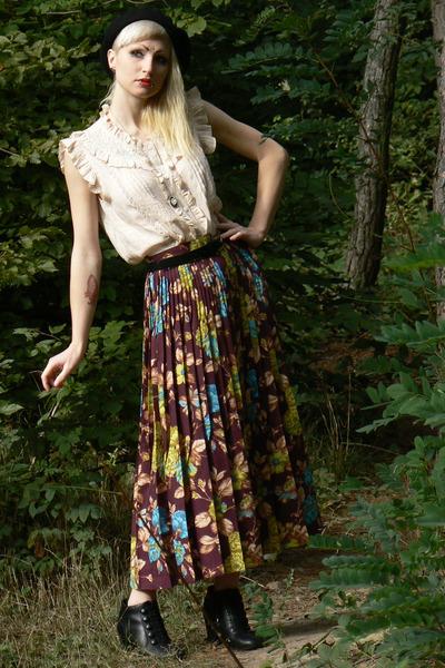 Váy vintage phối áo sao cho đẹp