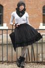 Black-velvet-handmade-skirt-black-vagabond-heels