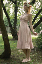 light pink vintage dress - white flower self-made accessories