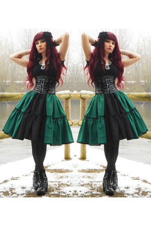 dark green lolita handmade RABBIT HEART shop skirt - black vagabond shoes
