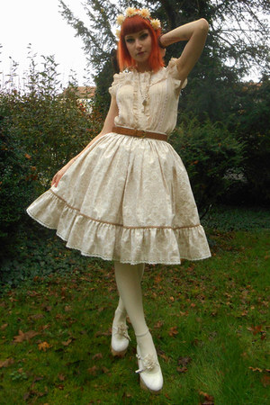 eggshell lolita RABBIT HEART shop skirt - off white Bodyline shoes